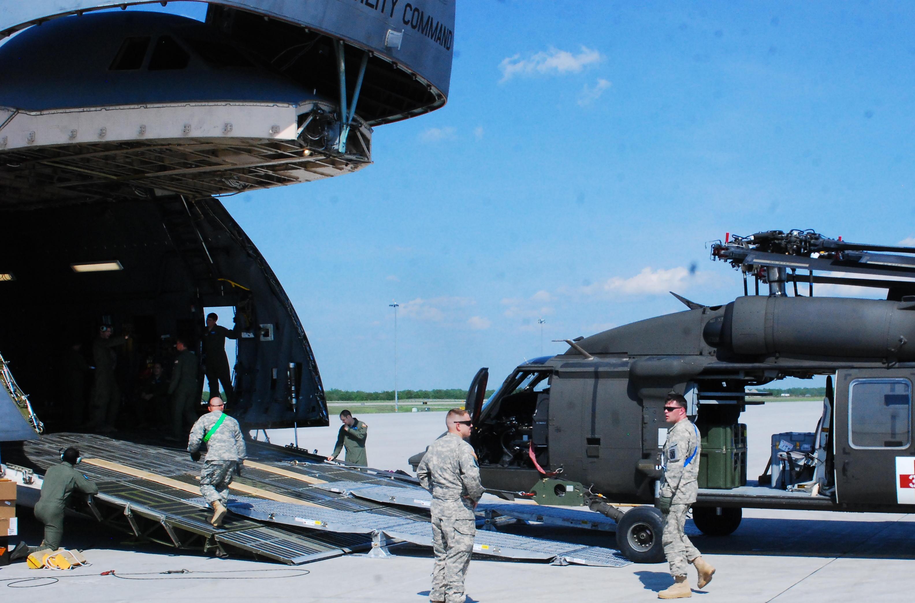 HelMAS UH-60 into C-5